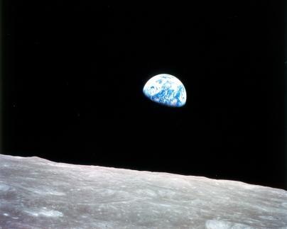 earthrise nasa.jpg